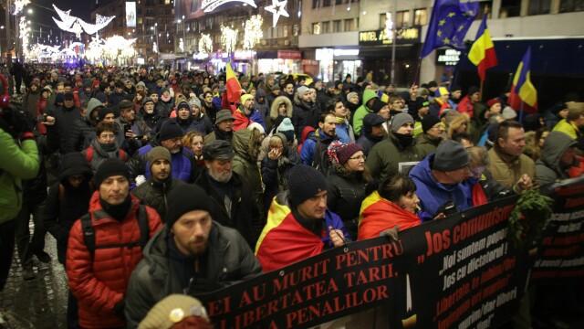 1.500 de persoane, la marșul victimelor Revoluției. Scandări anti-PSD și anti-Dragnea. VIDEO