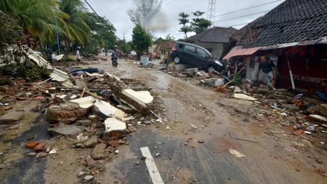 Indonezia, lovită de un tsunami devastator. Cel puțin 222 de morți și 843 de răniți - Imaginea 3