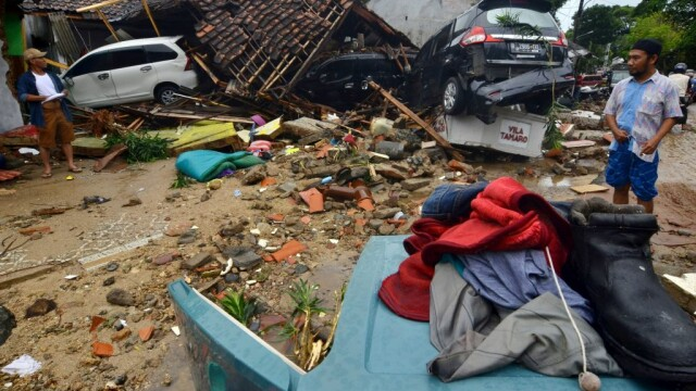 Indonezia, lovită de un tsunami devastator. Cel puțin 222 de morți și 843 de răniți - Imaginea 4