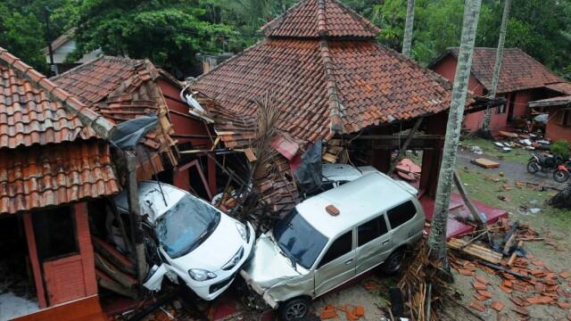 Indonezia, lovită de un tsunami devastator. Cel puțin 222 de morți și 843 de răniți - Imaginea 6