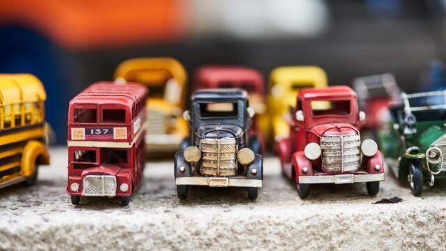 5 idei de cadouri pentru cei care-si iubesc mașinile