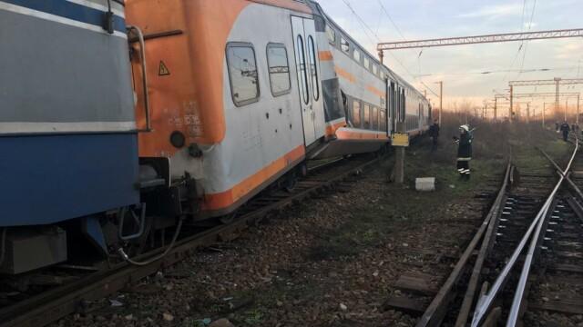 Aproape 50 de oameni au fost răniți după ce 2 trenuri s-au ciocnit în Ploiești - Imaginea 1