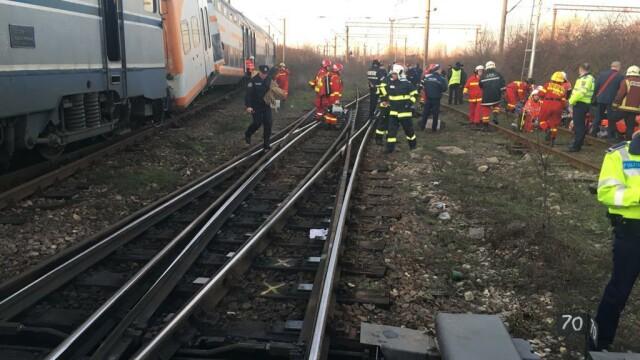 Aproape 50 de oameni au fost răniți după ce 2 trenuri s-au ciocnit în Ploiești - Imaginea 4