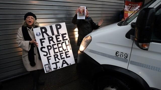 Julian Assange, audiat ca presupusă victimă a unor acte de spionaj - Imaginea 9
