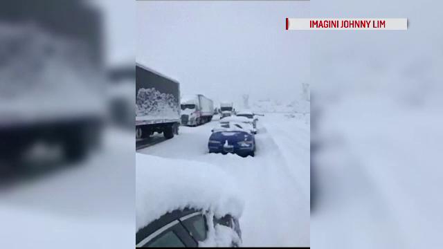 Vreme extremă în California. Zăpada măsoară peste 1 m înălțime și sunt anunțate tornade