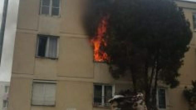 Explozie intr-un bloc din Targu Mures