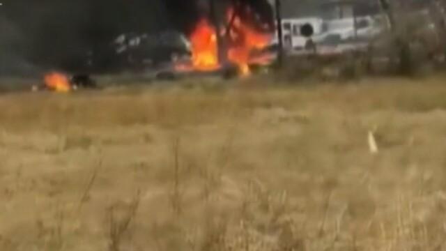 Prezentatoare TV moartă după ce un avion s-a prăbușit într-o parcare și a luat foc - Imaginea 2