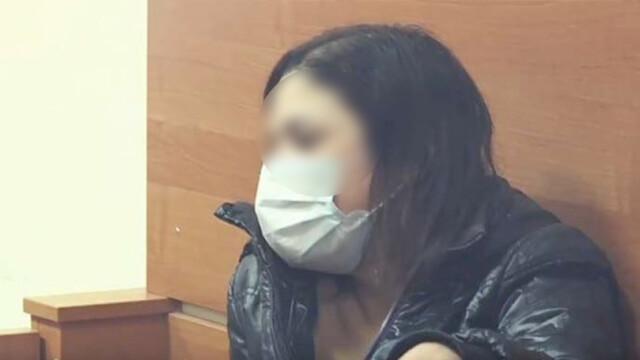 VIDEO. O tânără a început să râdă în sala de judecată când a fost întrebată de ce și-a ucis mama