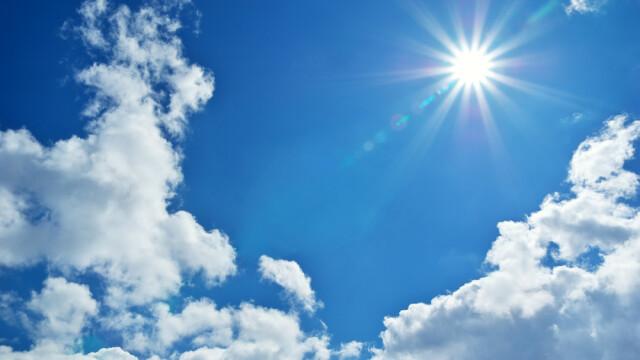 Temperaturi de primăvară cu o maximă de 16 grade în sudul țării. Parcurile și muzeele s-au umplut