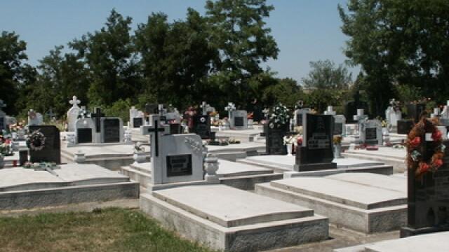 Cavouri cu turnulete, doar cu aprobarea consilierilor. Vezi regulamentul cimitirelor din Timisoara