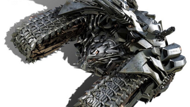 Un fierar chinez l-a adus la viata pe Megatron din Transformers 2. FOTO - Imaginea 2