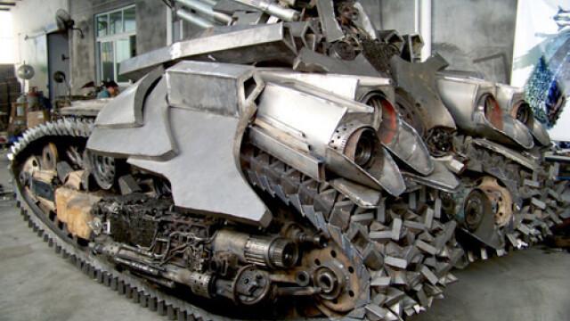 Un fierar chinez l-a adus la viata pe Megatron din Transformers 2. FOTO - Imaginea 5