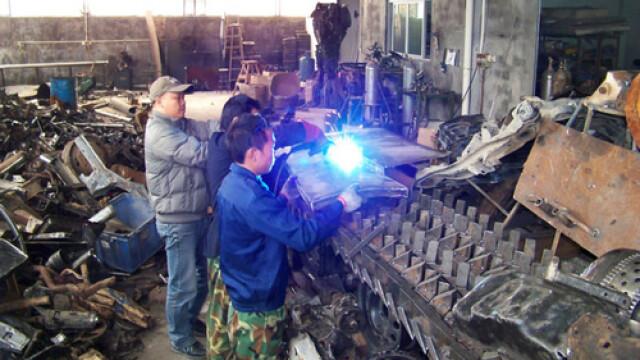 Un fierar chinez l-a adus la viata pe Megatron din Transformers 2. FOTO - Imaginea 11