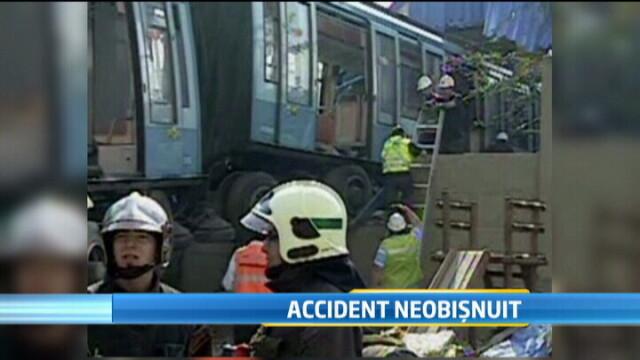 Accident neobisnuit in Chile. Un metrou scapat de sub control a intrat in zidul unui bloc