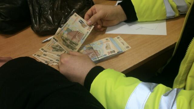 găsiți bani repede reguli simbolice
