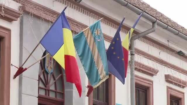 Camera Deputaţilor a respins legea UDMR prin care limba maghiară devenea oficială în Ardeal