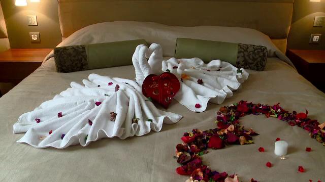 VALENTINE\'S DAY la mare. Ce oferte la hotel gasesti pe 14 februarie, de SFANTUL VALENTIN