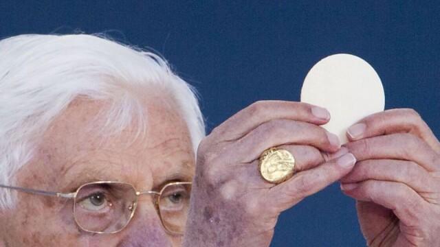 Cine este Papa Benedict al XVI-lea. Viata Suveranului Pontif care nu si-a dorit sa ajunga la Vatican - Imaginea 5