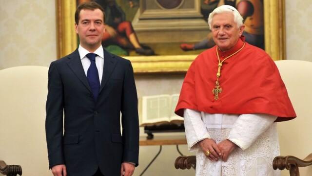 Cine este Papa Benedict al XVI-lea. Viata Suveranului Pontif care nu si-a dorit sa ajunga la Vatican - Imaginea 7