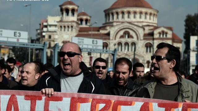 Sindicatele din Grecia au declansat greva generala din cauza masurilor de austeritate