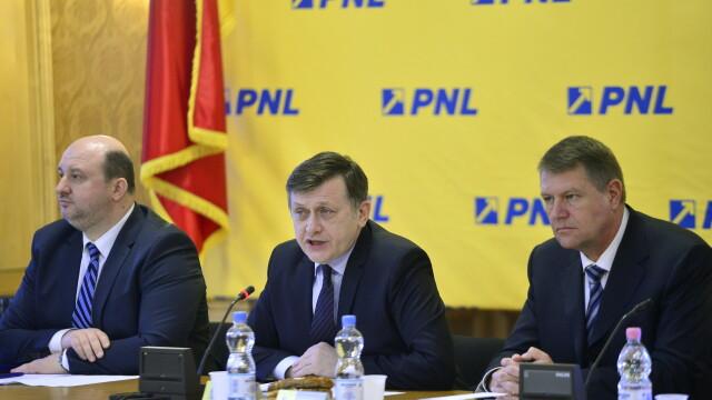 Vicepremierul Daniel Chitoiu a demisionat din Guvern. Incepe un nou razboi intre PNL si PSD
