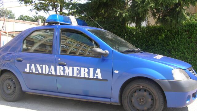 Un barbat de 26 de ani a fost batut de doi indivizi, in zona Pietei 700. Motivul este incredibil
