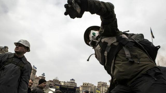 Ucraina are un presedinte interimar: Aleksandr Turcinov. Ce i-a spus Angela Merkel la telefon Iuliei Timosenko - Imaginea 1