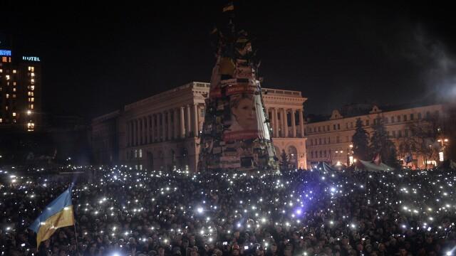 Ucraina are un presedinte interimar: Aleksandr Turcinov. Ce i-a spus Angela Merkel la telefon Iuliei Timosenko - Imaginea 12