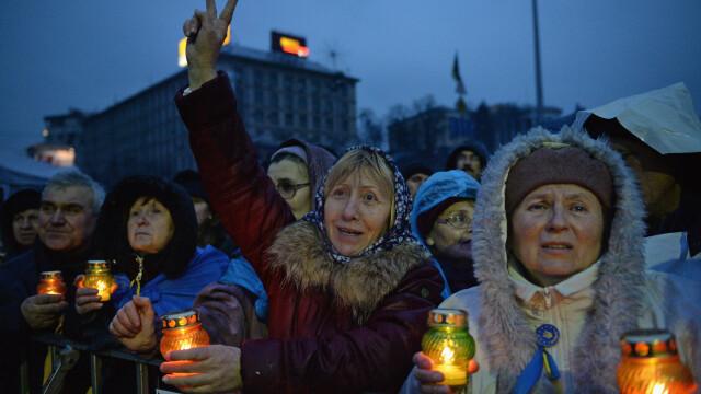 Ucraina are un presedinte interimar: Aleksandr Turcinov. Ce i-a spus Angela Merkel la telefon Iuliei Timosenko - Imaginea 23