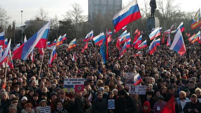 Criza din Crimeea, un RusoMaidan. Rusia incurajeaza revolta celor nemultumiti de caderea lui Ianukovici - Imaginea 1