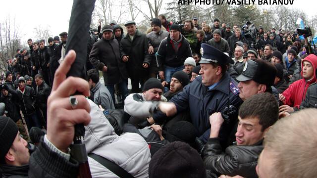 Criza din Crimeea, un RusoMaidan. Rusia incurajeaza revolta celor nemultumiti de caderea lui Ianukovici - Imaginea 3
