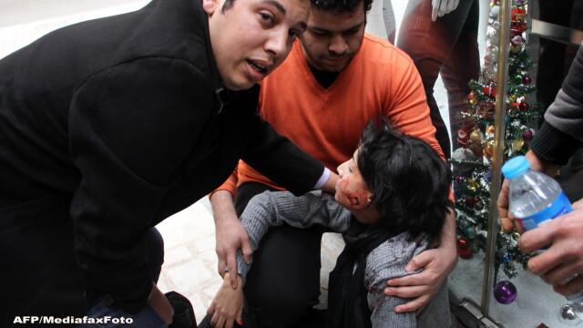 Un fotoreporter egiptean a imortalizat momentul in care o protestatara e ucisa. Povestea emotionanta din spatele fotografiei - Imaginea 2
