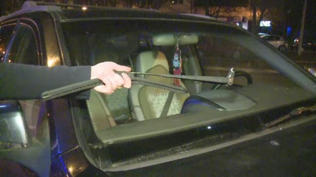 Vasile Turcu este acuzat ca ar fi distrus masina unei femei. Omul de afaceri s-ar fi suparat ca a parcat in fata casei sale