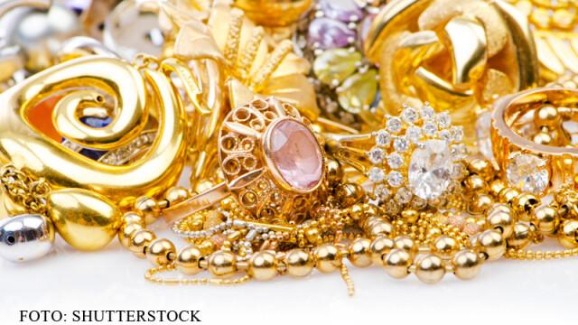 O menajera din Singapore, arestata pentru furtul unor bijuterii in valoare de peste 250.000 de dolari. Ce a facut cu ele