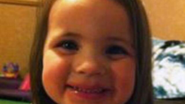 O fetita de 3 ani din Louisiana s-a impuscat mortal cu arma tatalui ei, pe care a gasit-o in casa