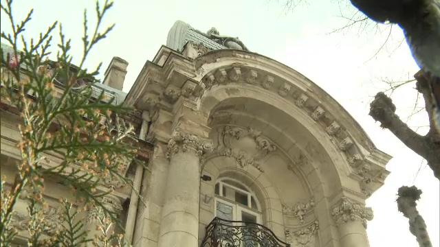 Scandal la poarta unei superbe vile de epoca din Bucuresti. Cui a fost retrocedat imobilul
