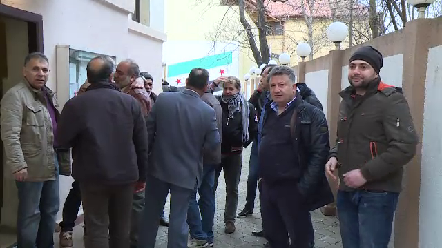 Evacuare cu scandal la Liga Arabilor Sirieni din Capitala. Cateva familii de refugiati risca sa ajunga in strada