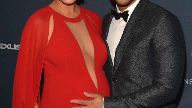 Chrissy Teigen si John Legend