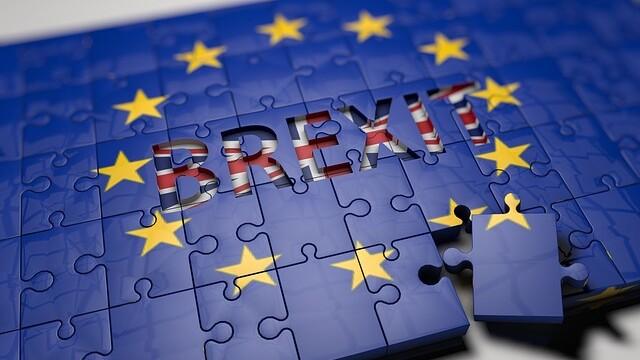 Declansarea Brexitului este iminenta si poate interveni inca de marti. Avertismentul lansat de Theresa May
