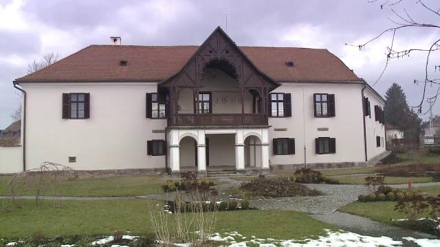 Fierarul din Covasna care este vizitat de mii de turisti din toata Europa. Specialitatea casei la Nagy Gyorgy - Imaginea 1