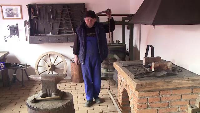 Fierarul din Covasna care este vizitat de mii de turisti din toata Europa. Specialitatea casei la Nagy Gyorgy - Imaginea 4