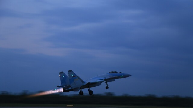 Indonezia cumpără avioane ruseşti la schimb pe ceai şi cafea
