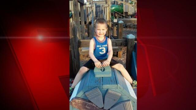 Chinurile îngrozitoare la care a fost supus un băiat de 7 ani de părinții lui, până a murit