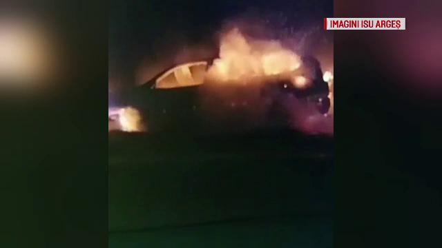 A urcat la volan băut și cu o țigară aprinsă și a făcut accident. Mașina a ars ca o torță