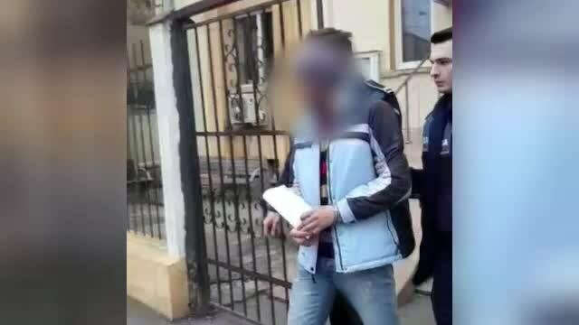 Greșeala unui român care și-a vândut mobilul unui vecin. Ce a pățit fiul lui ulterior
