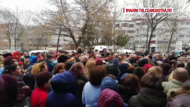 Protest la spitalul din Tulcea. Medicii, nemulțumiți că au salariu cu 1.500 lei mai mic