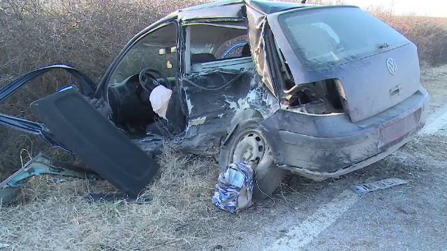 Manevra care i-a adus moartea unui șofer din Arad. Alte 2 persoane au fost rănite