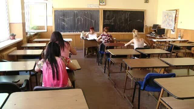 Simularea pentru Evaluarea naţională, susţinută şi de elevii claselor a VII-a. Când începe testarea