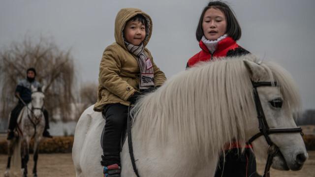Dezvăluiri despre copilăria în Coreea de Nord. Unde sunt duși elevii talentați - Imaginea 3