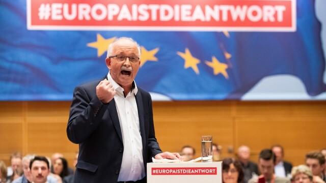 Politico.eu: Dragnea, întrebat la Congresul PES de ce i s-a făcut dosar lui Timmermans - Imaginea 2